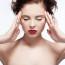 Hogyan segít az önbizalom hiányos lányokon a jóga?